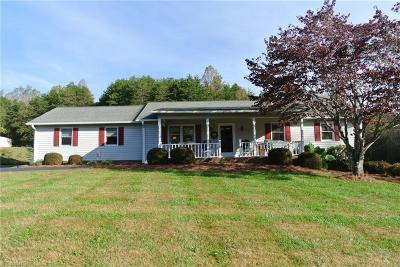 East Bend Single Family Home For Sale: 6825 Nc Highway 67