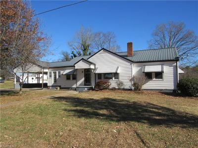 East Bend Single Family Home For Sale: 3908 Forbush Road