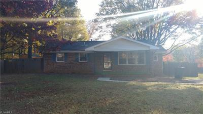 Rockingham County Single Family Home For Sale: 1030 Hillcrest Drive