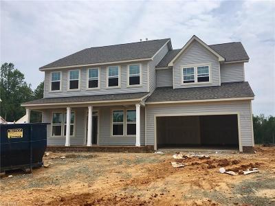 Burlington Single Family Home For Sale: 161 Glenfield Lane #31