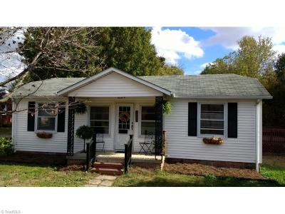 Gibsonville Single Family Home For Sale: 212 Apple Street