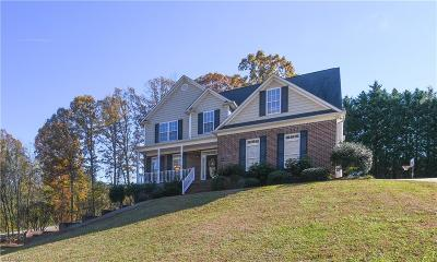 Kernersville Single Family Home For Sale: 5800 Kingsway Lane