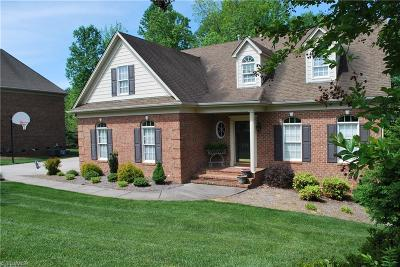 Kernersville Single Family Home For Sale: 609 Susanna Court