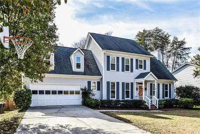 Guilford County Single Family Home For Sale: 1407 Wrenwood Court
