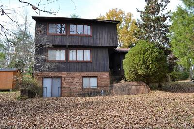 Clemmons Single Family Home For Sale: 3929 Woodhaven Court