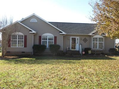 Reidsville NC Single Family Home For Sale: $142,000