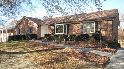 Winston Salem Single Family Home For Sale: 1705 Briar Lake Road