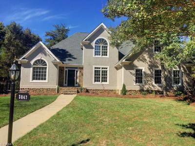 Winston Salem Single Family Home For Sale: 3847 Cedarfield Place Court