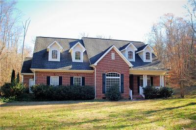 Greensboro Single Family Home For Sale: 4504 Orleans Drive