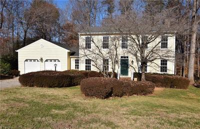 Greensboro Single Family Home For Sale: 3 Helmwood Court