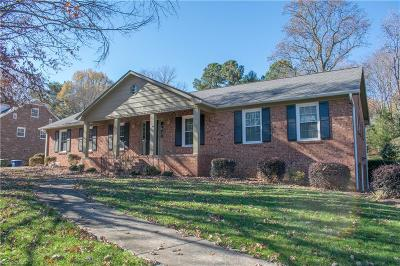 Winston Salem Single Family Home For Sale: 370 Stanaford Road