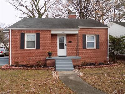 Greensboro Single Family Home For Sale: 1240 Winstead Place
