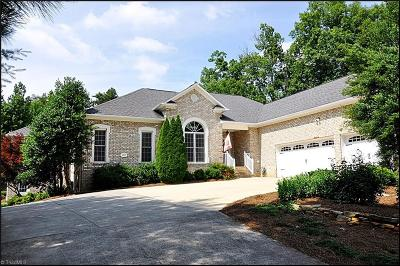 Clemmons Single Family Home For Sale: 8935 Mackintosh Lane