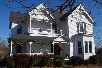 Alamance County Single Family Home For Sale: 6243 Stoney Mountain Road