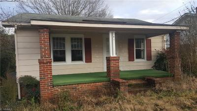 Rockingham County Single Family Home For Sale: 107 S 1st Avenue