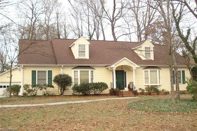 Greensboro Single Family Home For Sale: 3702 Wedgedale Place