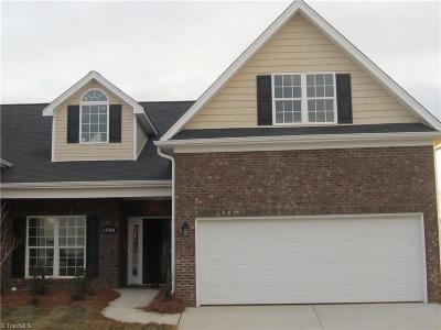 Whitsett Condo/Townhouse For Sale: 6549 Donahue Drive