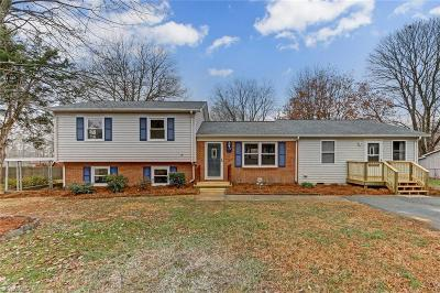 Kernersville Single Family Home For Sale: 118 Musket Drive