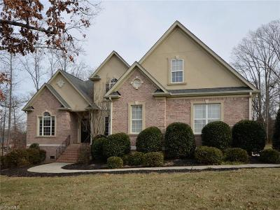 Kernersville Single Family Home For Sale: 7564 Haw Meadows Drive