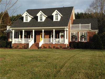 Greensboro Single Family Home For Sale: 4303 Shaw Farm Circle