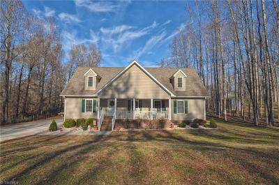 Clemmons Single Family Home For Sale: 123 Cherry Lane