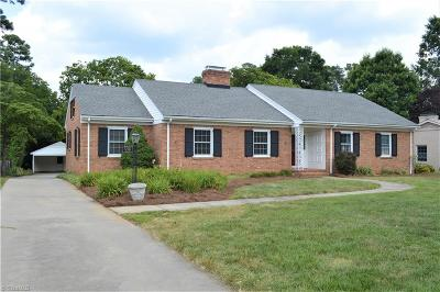 Greensboro Single Family Home For Sale: 530 Woodvale Drive