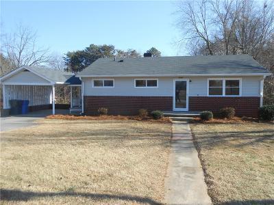 Kernersville Single Family Home For Sale: 1015 Duggins Street