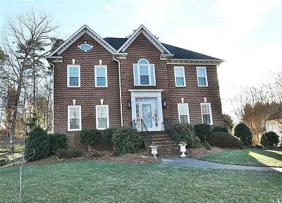 Winston Salem Single Family Home For Sale: 393 Hollinswood Avenue