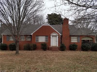 Alamance County Single Family Home For Sale: 373 Harden Street