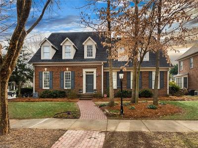 Greensboro Single Family Home For Sale: 5214 Bodie Lane