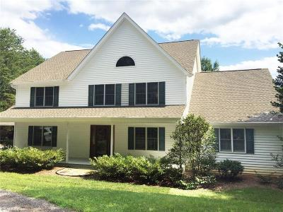 Mocksville Single Family Home For Sale: 324 Clayton Drive
