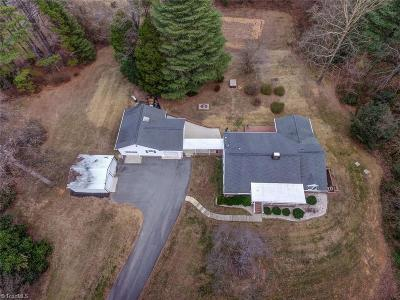 Guilford County Single Family Home For Sale: 1238 Nc Highway 68