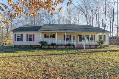 Guilford County Single Family Home For Sale: 2821 Brame Road