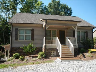 High Point Single Family Home For Sale: 254 J Bar D Lane