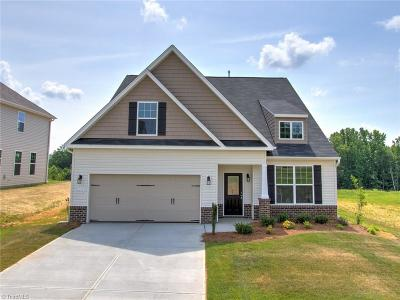 Alamance County Single Family Home For Sale: 2435 Sunfield Drive
