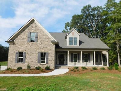 Greensboro Single Family Home For Sale: 7123 Rae Farms Way