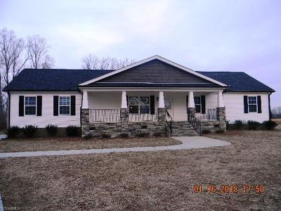 Alamance County Single Family Home For Sale: 2955 Midway Church Road