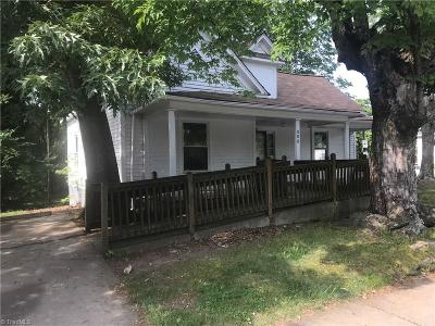 Winston Salem Single Family Home For Sale: 400 E Sprague Street