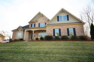 Winston Salem Single Family Home For Sale: 5672 Mossbank Lane