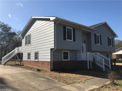 Stoneville Single Family Home For Sale: 140 Overland Trail