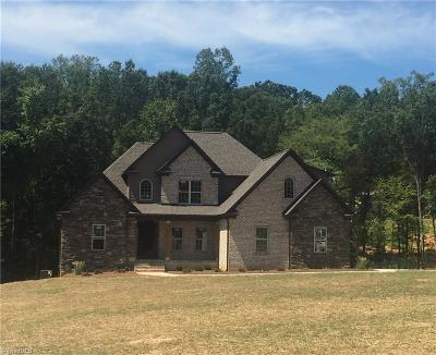 Clemmons Single Family Home For Sale: 143 Centenary Ridge Drive