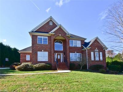 Oak Ridge Single Family Home For Sale: 5507 Gray Leigh Drive
