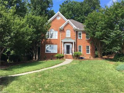 Clemmons Single Family Home For Sale: 8101 Glengarriff Road