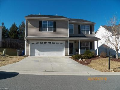 Kernersville Single Family Home For Sale: 828 Peachtree Meadows Circle