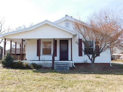 Lexington Single Family Home For Sale: 5605 Old Us Highway 52