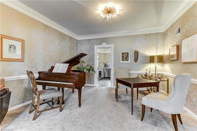 Greensboro Condo/Townhouse For Sale: 31 Fountain Manor Drive #B