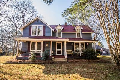 Pfafftown Single Family Home For Sale: 4680 Pinehill Drive