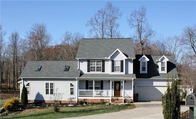 Browns Summit Single Family Home For Sale: 8291 Busickwood Drive