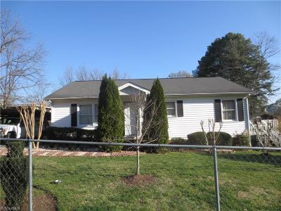 Greensboro Single Family Home For Sale: 3905 Peterson Avenue