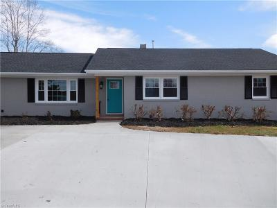 Clemmons Single Family Home For Sale: 8529 Lasater Road